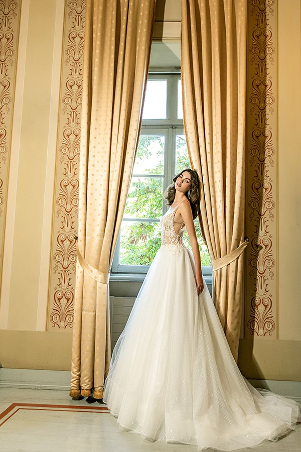 luxurious-wedding-dresses-aristocratic-bridal-look-costantino_05