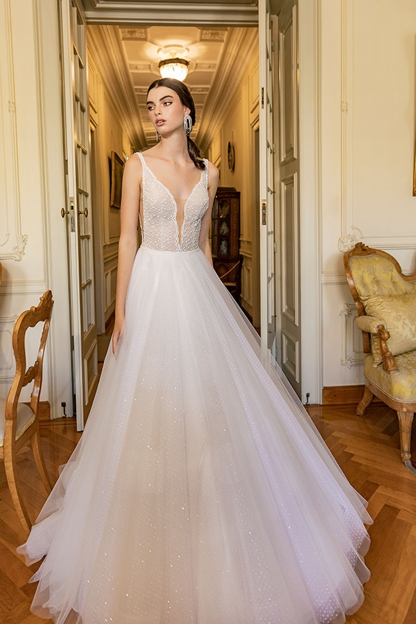 luxurious-wedding-dresses-aristocratic-bridal-look-costantino_06
