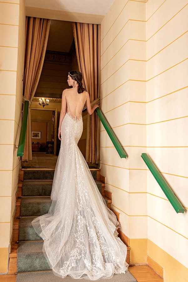luxurious-wedding-dresses-aristocratic-bridal-look-costantino_08