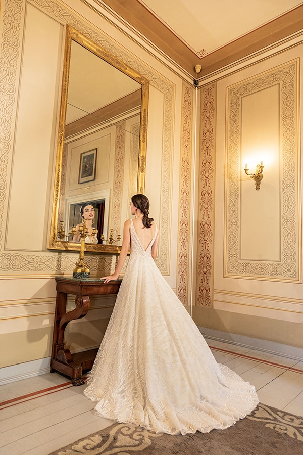 luxurious-wedding-dresses-aristocratic-bridal-look-costantino_13