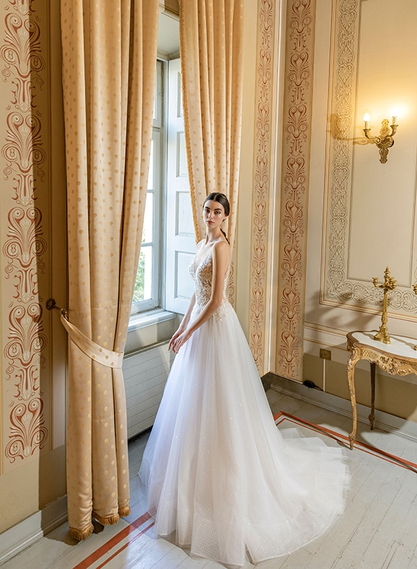 luxurious-wedding-dresses-aristocratic-bridal-look-costantino_15