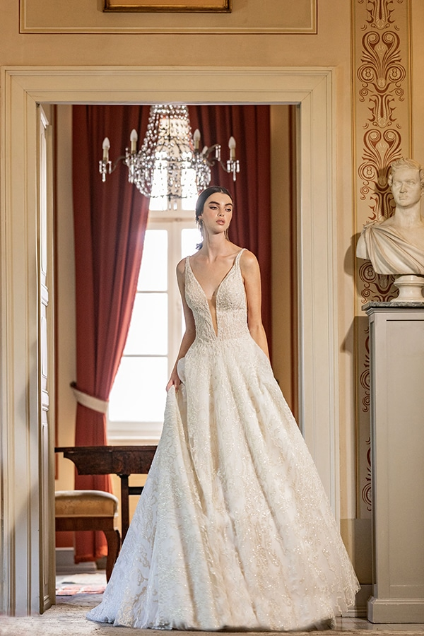 luxurious-wedding-dresses-aristocratic-bridal-look-costantino_17