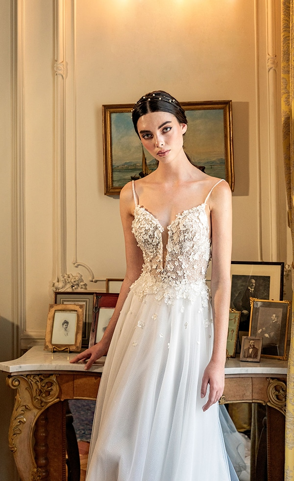 luxurious-wedding-dresses-aristocratic-bridal-look-costantino_22