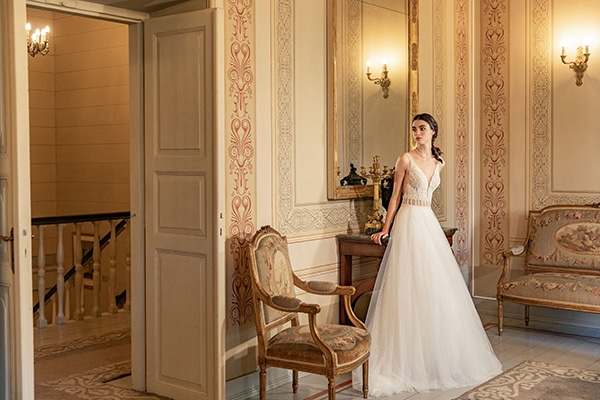 luxurious-wedding-dresses-aristocratic-bridal-look-costantino_22x