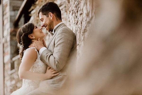 summer-wedding-volos-beige-green-color-hues_01x
