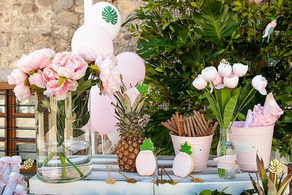 beautiful-girl-baptism-ideas-decorations-tropical-theme_01