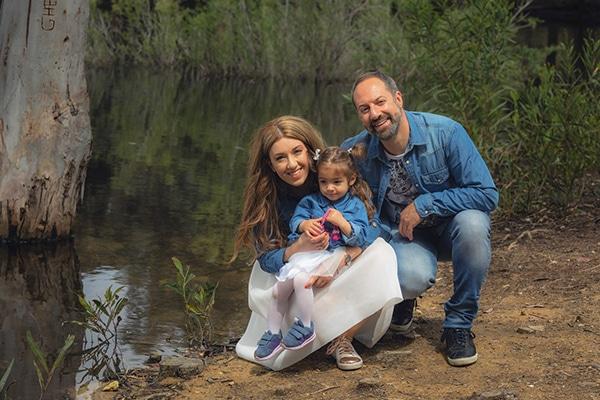 cute-family-shoot-green-park-athalassas-nicosia_00