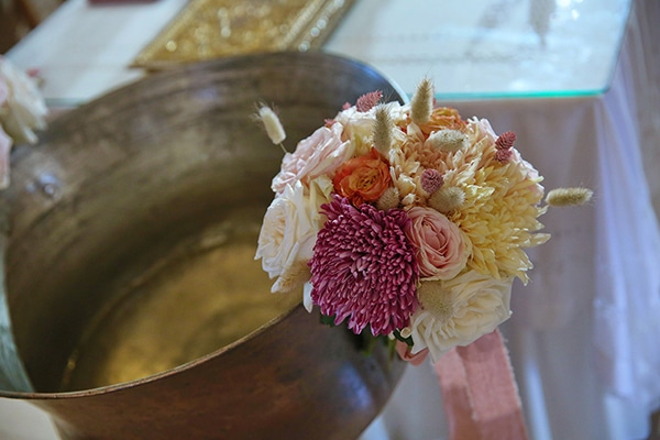 dreamy-girly-baptism-ideas-pink-gold-hues_02