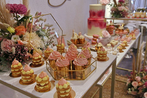 dreamy-girly-baptism-ideas-pink-gold-hues_04