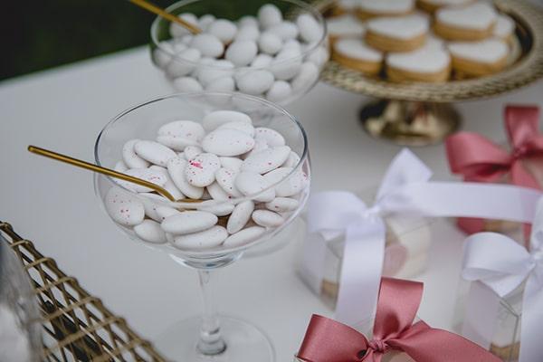 dreamy-wedding-decoration-pink-gold-hues_07