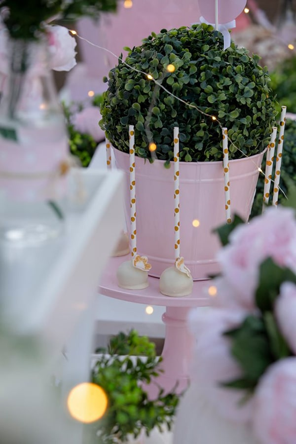fairytale-girly-baptism-decoration-swan_03