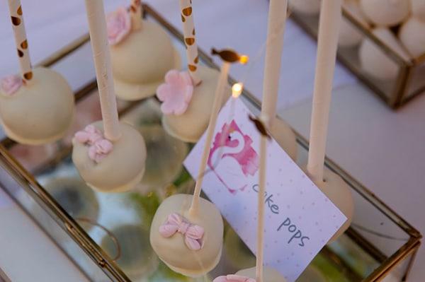 fairytale-girly-baptism-decoration-swan_04