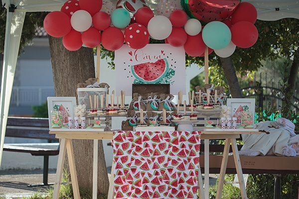 pretty-baptism-decoration-ideas-juiced-watermelon_05x