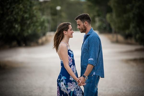 romantic-prewedding-photoshoot-forest_01