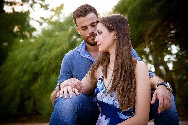 romantic-prewedding-photoshoot-forest_05