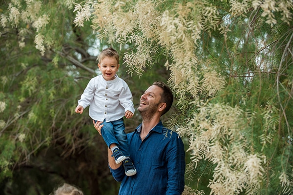 sweet-family-shoot-greenery-park-athens_02