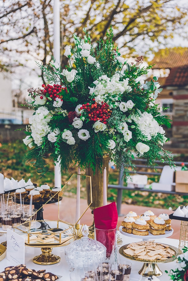 beautiful-winter-wedding-thessaloniki-elegant-details-bordo-gold-hues_13