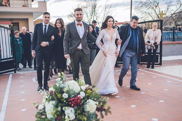 beautiful-winter-wedding-thessaloniki-elegant-details-bordo-gold-hues_17