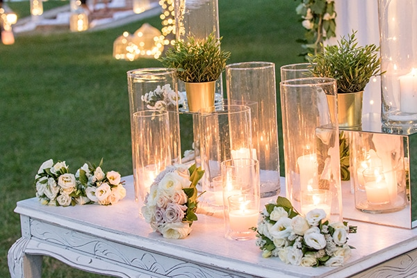 dreamy-outdoor-decoration-white-flowers-string-lights_02
