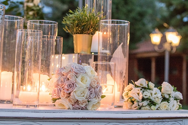 dreamy-outdoor-decoration-white-flowers-string-lights_04