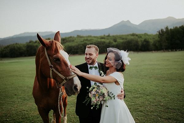 romantic-august-wedding-lake-plastira_01