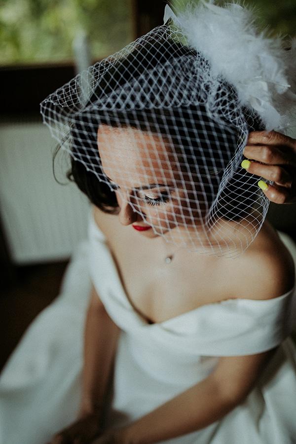 romantic-august-wedding-lake-plastira_10