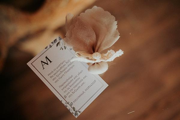 romantic-august-wedding-lake-plastira_12