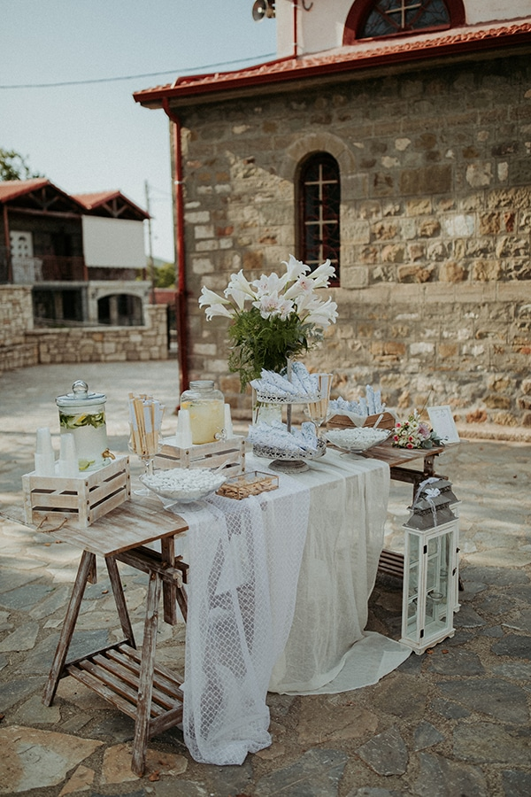romantic-august-wedding-lake-plastira_17