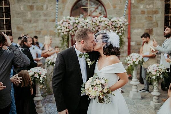 romantic-august-wedding-lake-plastira_24