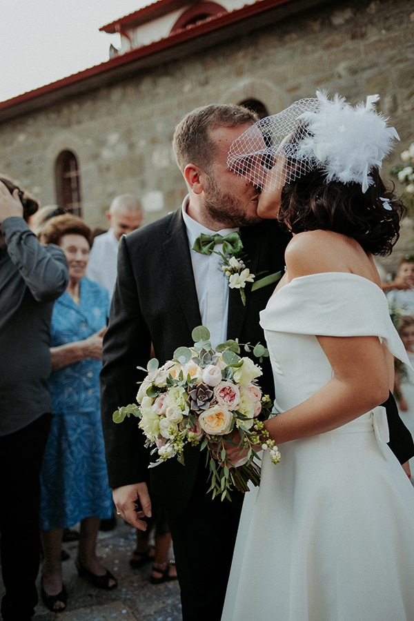 romantic-august-wedding-lake-plastira_25