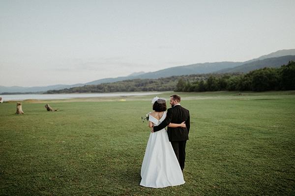 romantic-august-wedding-lake-plastira_34