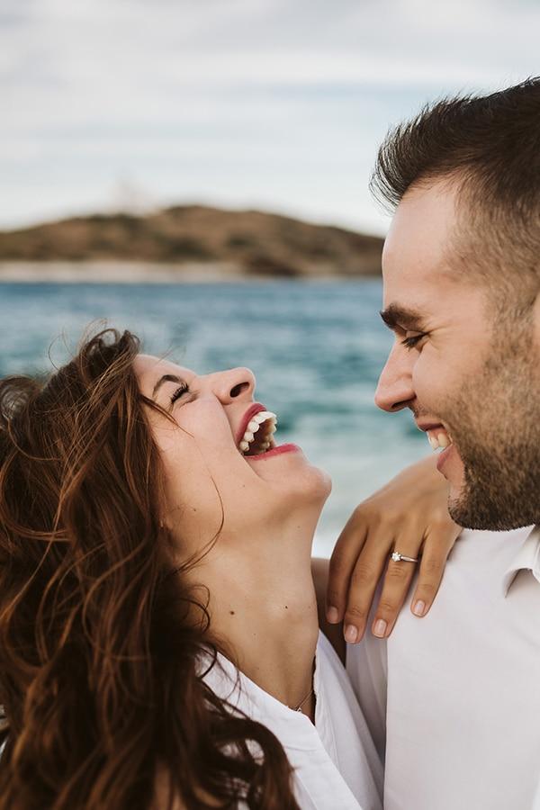 beautiful-engagement-shoot-beach_05