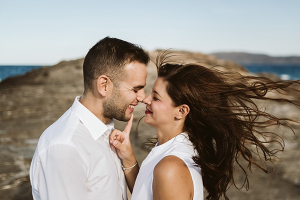 beautiful-engagement-shoot-beach_07x