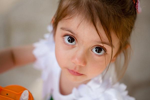 beautiful-summer-girl-baptism-kifisia-theme-strawberries-cherries_01x