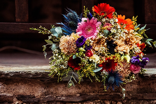 colorful-summer-wedding-thessaloniki-rustic-elements-_05