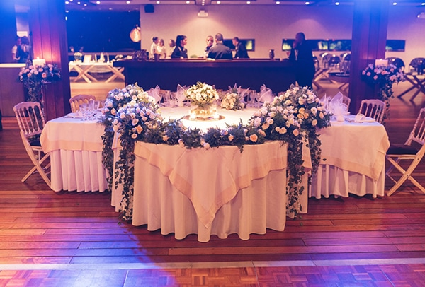 romantic-wedding-decoration-ideas-flowers-candles-_04
