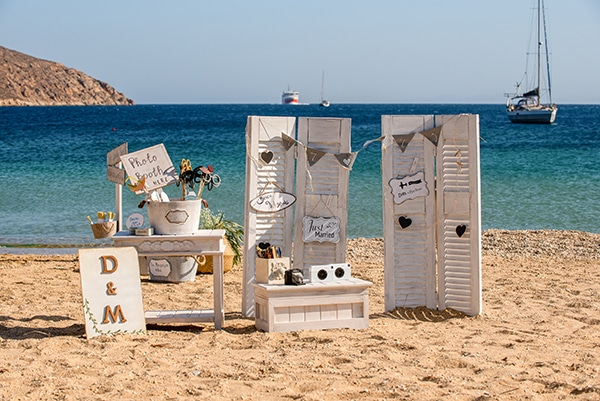 vintage-civil-beach-wedding-serifos_17