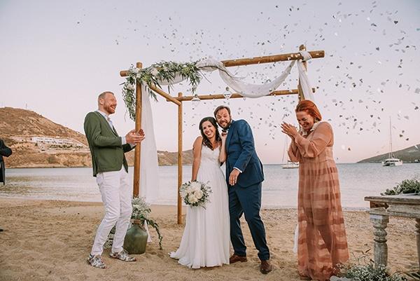 vintage-civil-beach-wedding-serifos_29