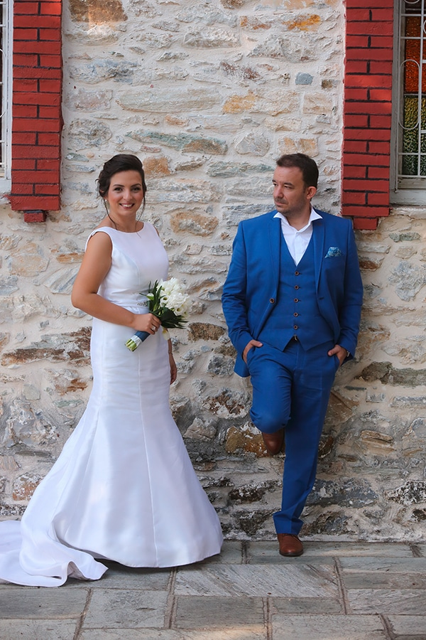 beautiful-fall-wedding-larisa-blue-white-hues-_08