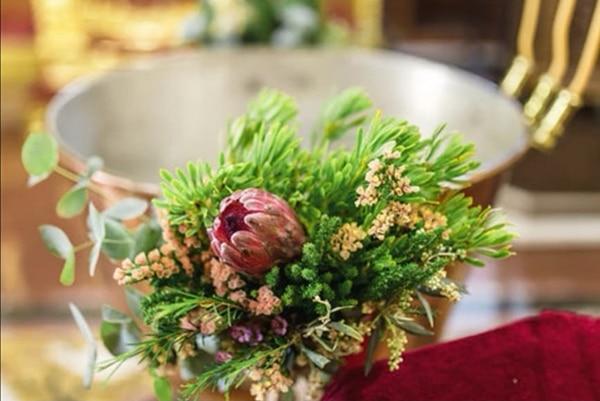 beautiful-girl-baptism-ideas-decorations-protea-amarandos_01