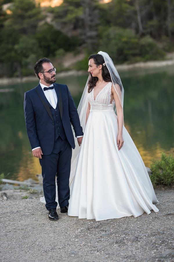 beautiful-summer-wedding-athens-white-hues-_01x