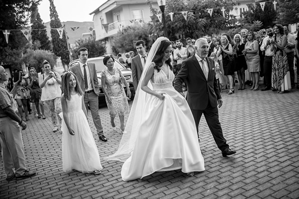 beautiful-summer-wedding-athens-white-hues-_10