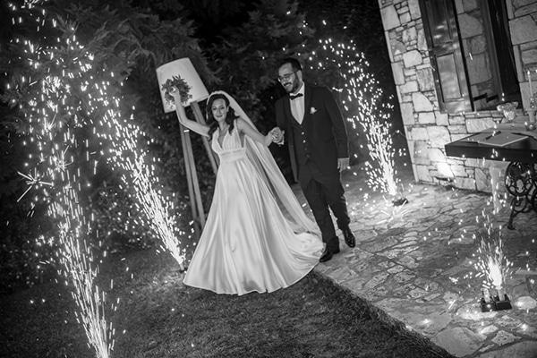 beautiful-summer-wedding-athens-white-hues-_14