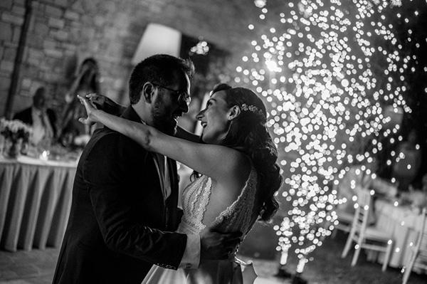 beautiful-summer-wedding-athens-white-hues-_17