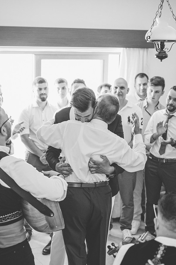 bohemian-summer-wedding-paphos-pampas-grass_11