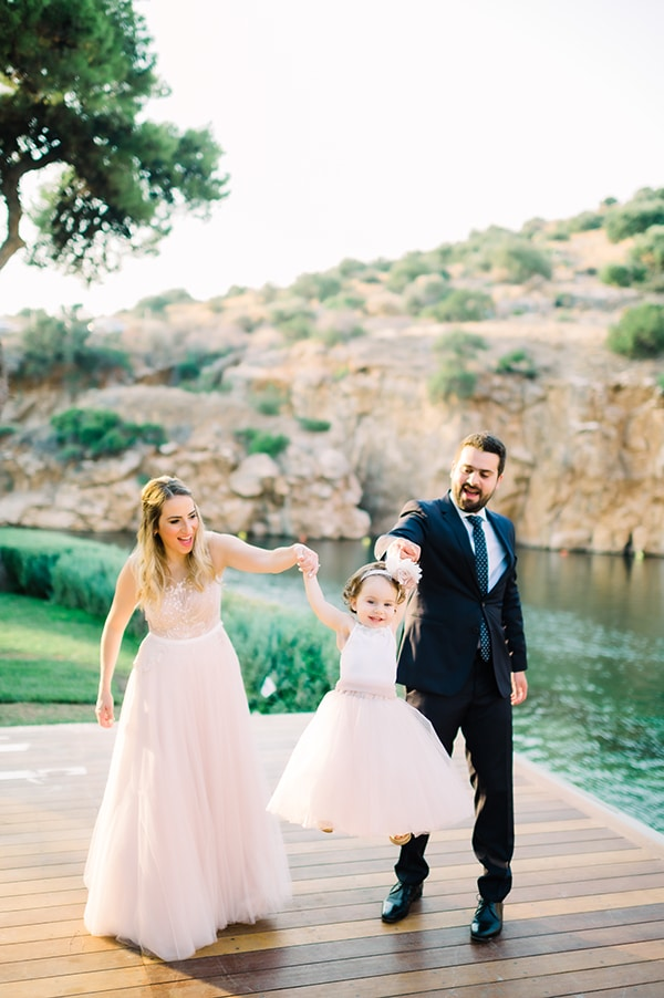 summer-wedding-baptism-laas-estate-dusty-pink-white-hues_04