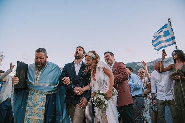 summer-wedding-sifnos-romantic-atmosphere-fairylights-_23