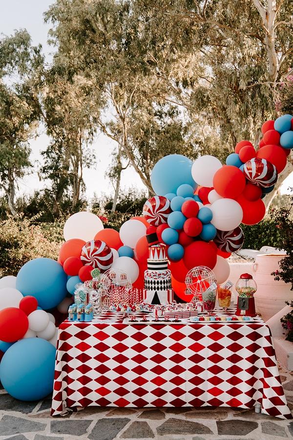 wonderful-boy-baptism-decoration-ideas-theme-circus_10