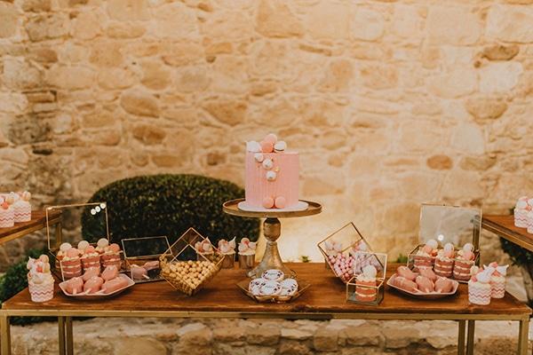baptism-decorative-ideas-pale-pink-romantic-details_01x
