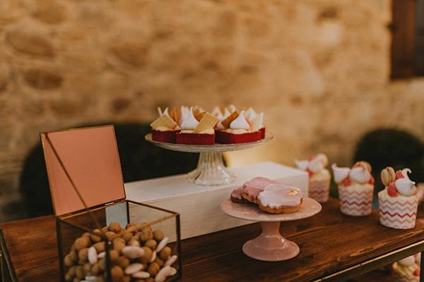 baptism-decorative-ideas-pale-pink-romantic-details_02